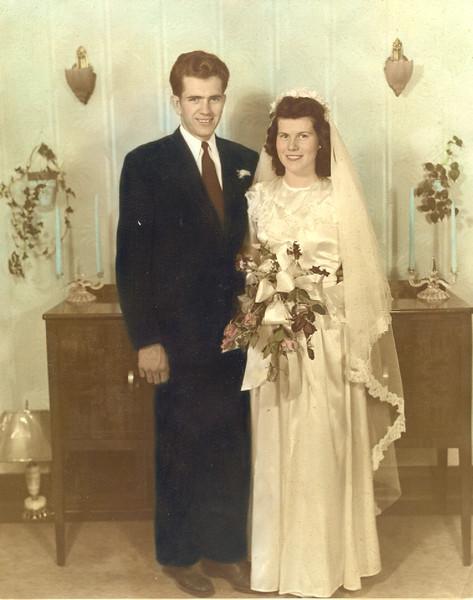 Boyd K. Packer se casa con Donna Edith Smith